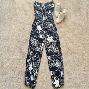 Pants - Snap One Piece Tube Top Pants Romper Size Medium